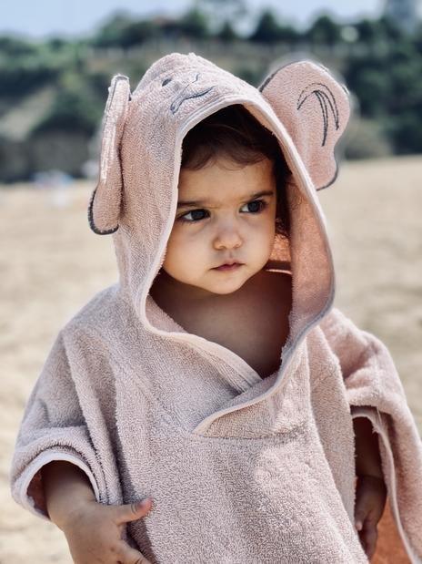 Baboo - Pink Poncho Towel 3