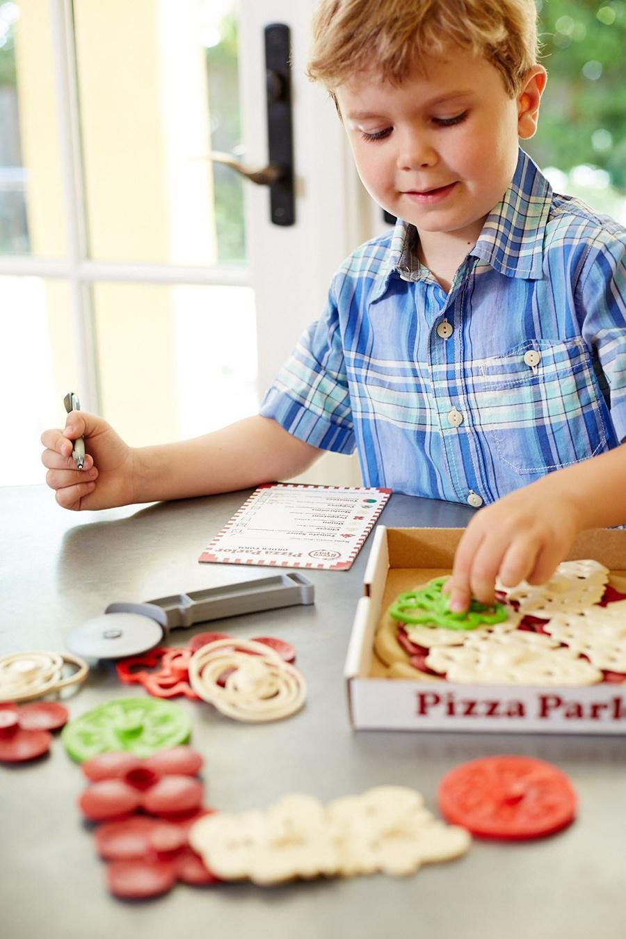 Green Toys Pizza Parlour 2