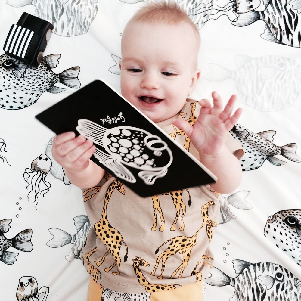 Wee Gallery Bebek Gelişim Kartları - Farm (Baby Art Cards) 7